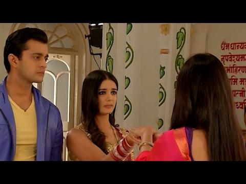 Simar Gives House Responsibities To Roshni In 'Sasural Simar Ka' | #TellyTopUp
