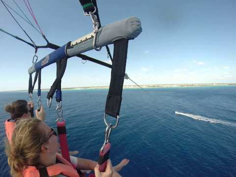 Awesome times parasailing in Playa del Carmen