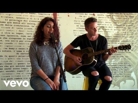 Alessia Cara - Here (Vevo Acoustic)
