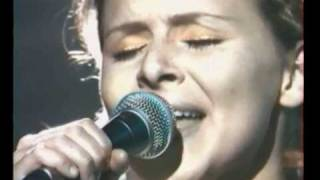"Emiliana Torrini ""To be free"" live NPA 1999"