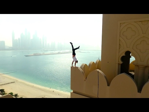 Dubai Roofing#1. Crazy Russian Oleg Cricket Чуть не умер