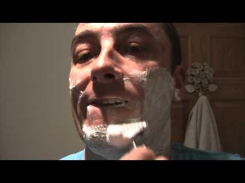 Muhle R41 Razor  ~ Bluebeard's Revenge Shaving Cream