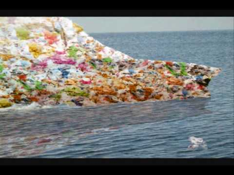 PLASTIC TRASH ISLAND DISASTER