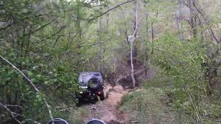 Mitsubishi Pajero and Patrol off road downhill