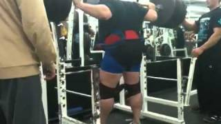 Francis Rousseau - Squat 675 lbs (Warm-up)