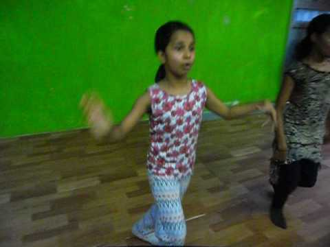 Lucky Boy Mera Kaun Banega Bachna Ae Haseeno The Deshi Beat Dance Academy
