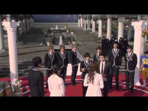 [] - Nichkhun cuts.flv