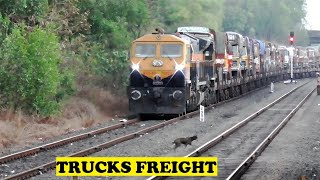 Doggy Ignores WDG4D RoRo Truck Freight Twilight