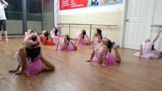 Các động tác múa cơ bản [TRUNG TÂM NGHỆ THUẬT LA THĂNG]