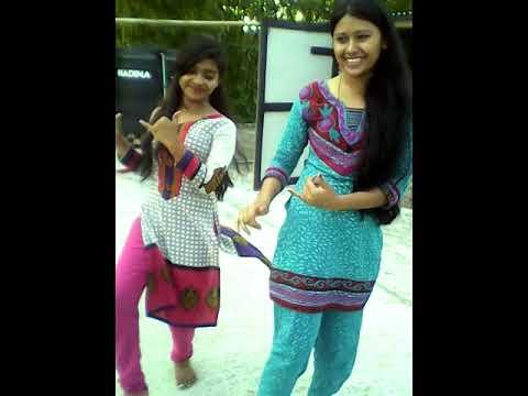 Bangla village dance Super Performance .Bangladeshi Girls dance video 2017. thumbnail
