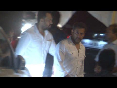 Salman Khan Returns Home After Court Hearing