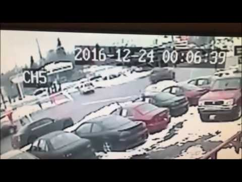 Saginaw police crash