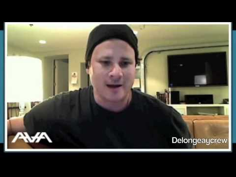Tom DeLonge Acoustic Song Clips: Letters to God, Young London, Moon Atomic, Waggy