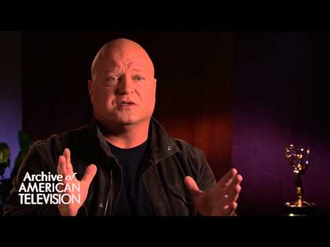 Michael Chiklis discusses appreciating the moment while it's happening - EMMYTVLEGENDS.ORG