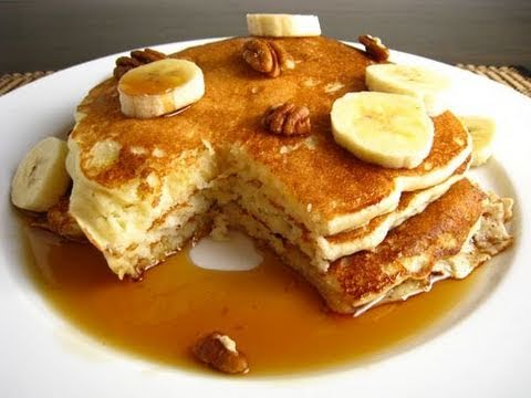 High-Protein & Low-Carb Pancakes for Fat Loss & Muscle Gain - Bodybuilding Breakfast