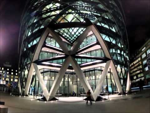 30 ST. MARY AXE (The Gherkin)