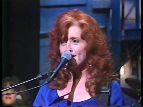 Bonnie Raitt - Love Sneakin' Up On You Letterman 1994