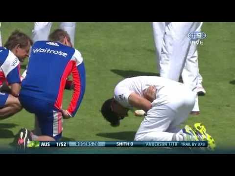 Australia vs England || Ashes || Alastair Cook Cops Nastiest Of Blows || SK Entertinments ||
