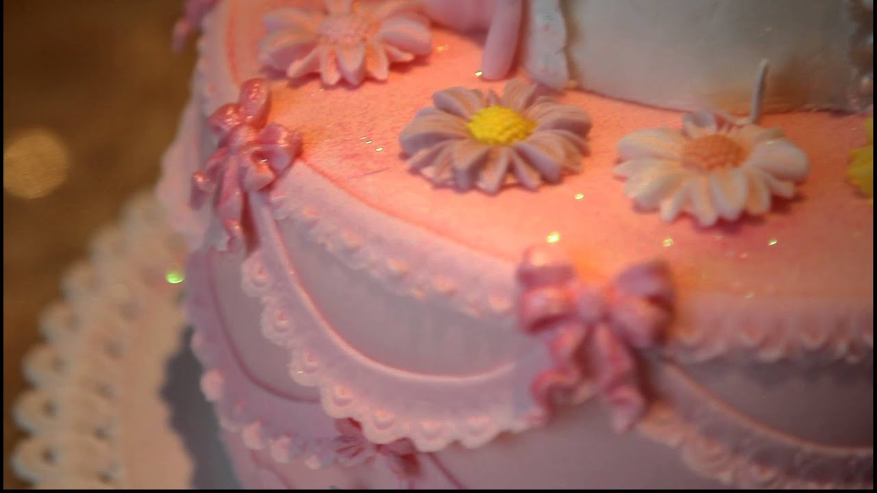 Торт своими руками для девочки с фигурками
