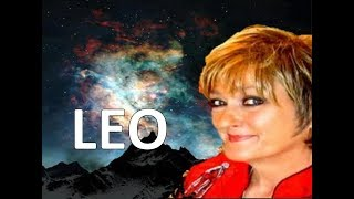 LEO AUGUST Horoscope - 2017 Astrology / Your Eclipses This Month!