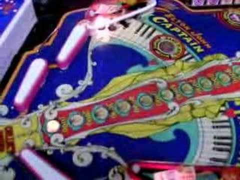 1976 Ball Capt. Fantastic pinball machine