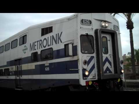 Metrolink 661 leaving Fullerton Video
