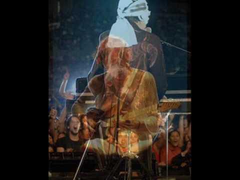 Charly Garcia - Mirando Las Ruedas