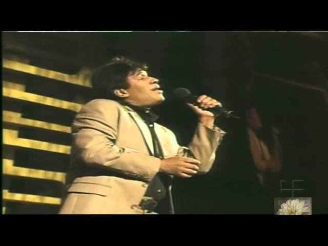 Julio Zabala imitando a 'Juan Gabriel' (Los Grandes de Viña del Mar '06)