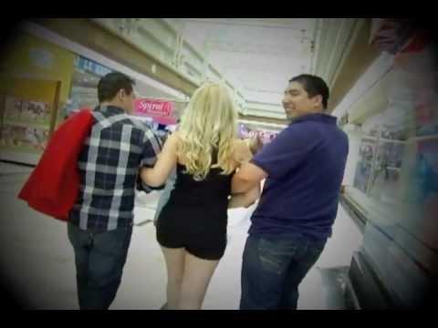 BANDA LA CHICANORA ''METIENDO TELAS SACANDO TELAS' - VIDEO CLIP OFICIAL - MAYO 2012'