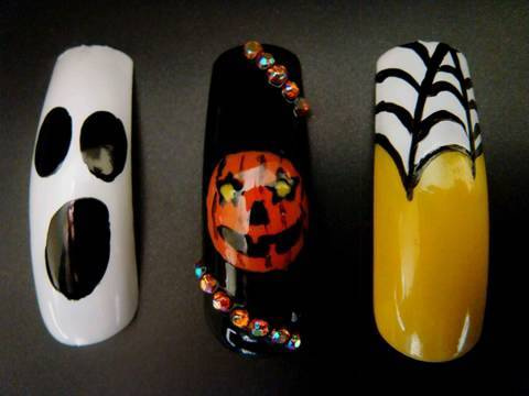 3 Halloween nail art decorations