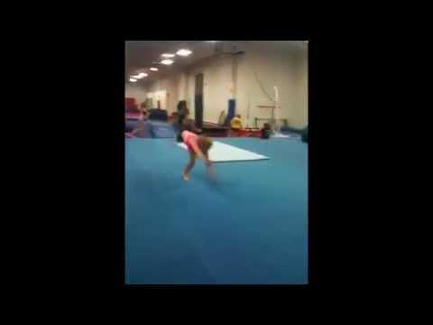 Cheerleading tumbling passes