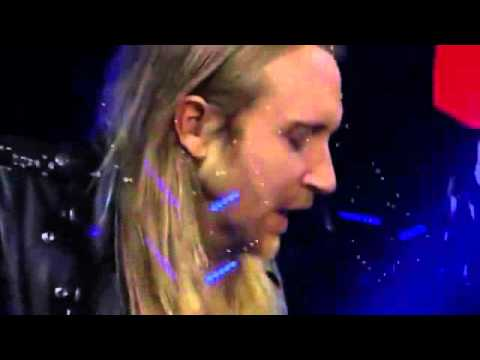 David Guetta ft Sia Bang my head Live London.mp4