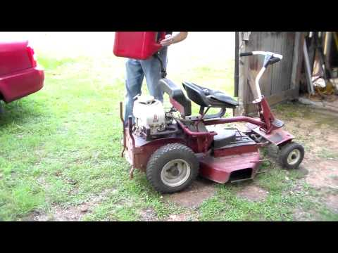 Cold start vintage Snapper lawnmower