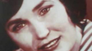 Watch Loretta Lynn I Walk Alone video