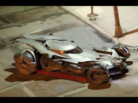 New Batmobile Images from Batman v Superman Show the Sexy!
