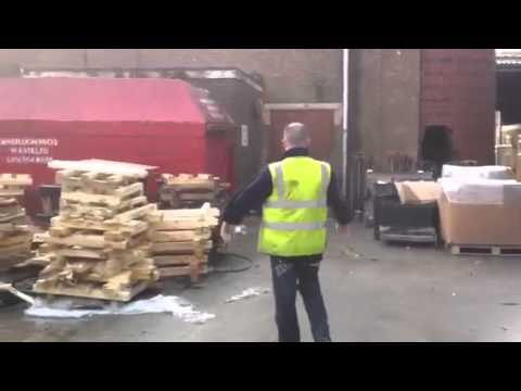 very funny video man having a bad day pmsl
