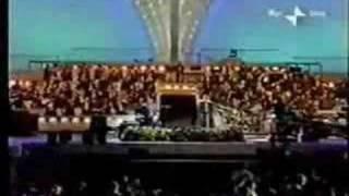 Luciano Pavarotti Video - Grace Jones & Luciano Pavarotti