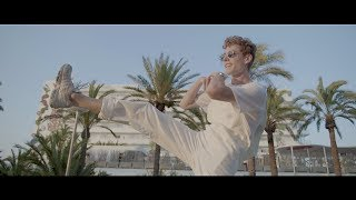 Lost Frequencies ft. The NGHBRS - Like I Love You (Official Music Video)