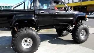 Toyota Hilux doublecab Bigfoot monstertruck
