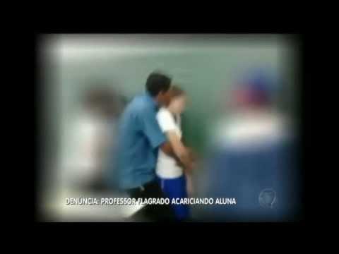 Professor é flagrado Abusando de aluna de 11 anos