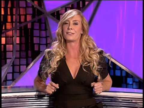 Lara Ruiz y los futbolistas españoles (El Intermedio)