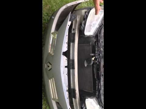 Видео как снять бампер Меган 2