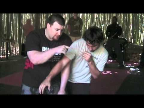 Filipino Martial Arts Empty Hands - Entries, Takedowns and Submissions Image 1