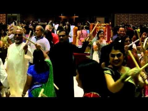 Indy Raas by Aarohi Group 2011    Dholida Tu Hadvethi Dhol Vagad...