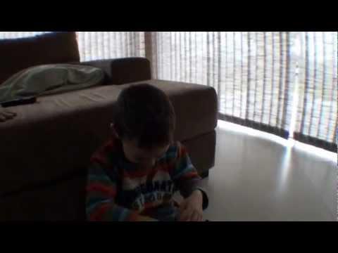 Bromas - Como hacer llorar al niño