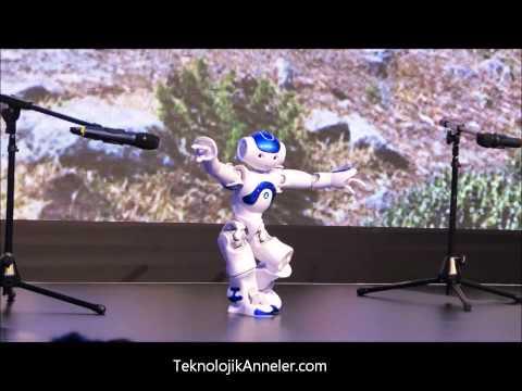 İnsansı Robot Nao'dan Zeybek