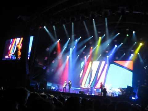 Beck - Best Kept Secret Festival 17-06-2016 (The New Pollution)