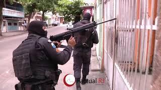 Intensa troca de tiros entre policias e traficantes na Fazendinha