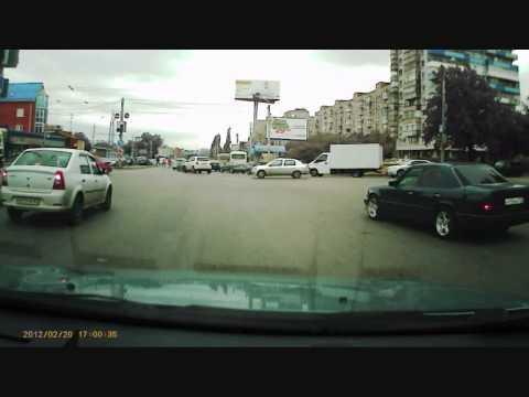 Ростов — на — Дону: Авария Стачки — Малиновского 12.06.2014г.
