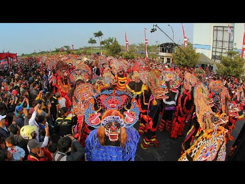 Tari Kolosal 1000 Barong 2017 Kediri-indonesia